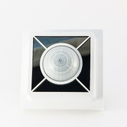 Датчик движения и освещенности с солнечной панелью с защитой FABH65S, белый
